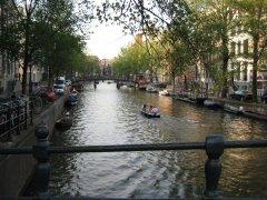 Super cute canals everywhere